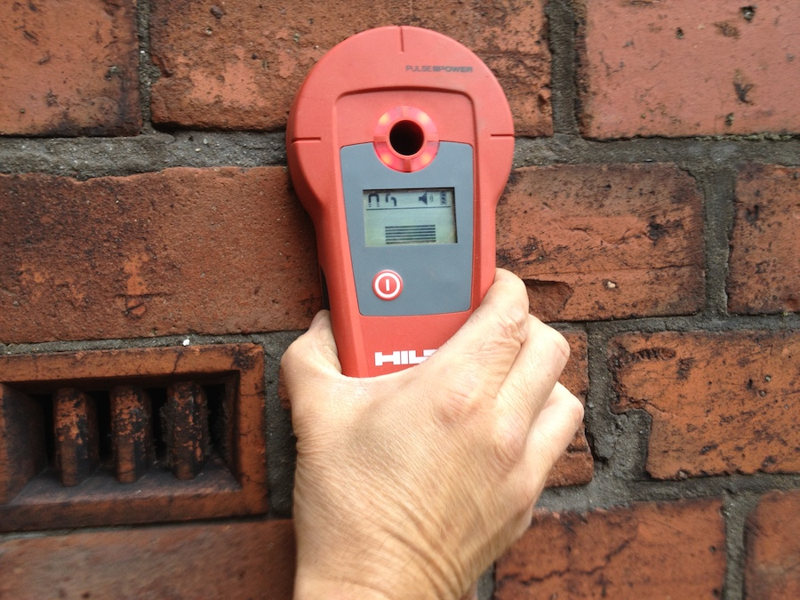 Initial identification of wall tie position using specialist accurate metal detector